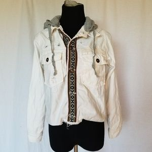 NEW FREE PEOPLE WHITE DISTRESSED JEAN JACKET XS